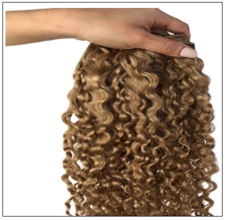 dirty blonde curly hair 3-min