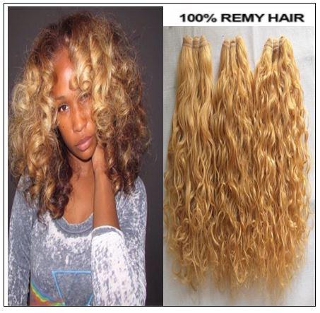 natural curly blonde hair img-min